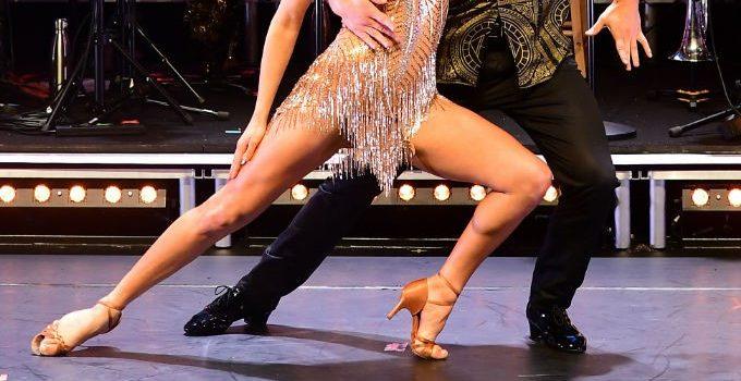 Джейми Лейнг получает поддержку в фильмах «Строго приходи, танцы»